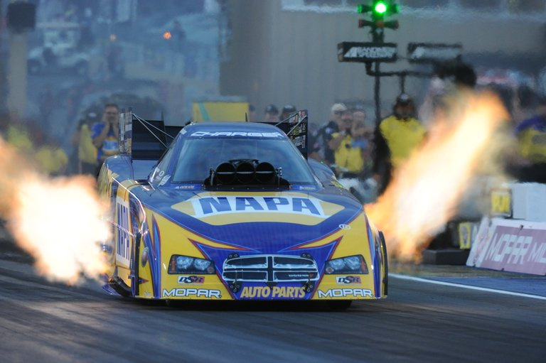 Ron Capps heads to Sonoma NHRA Nationals-001