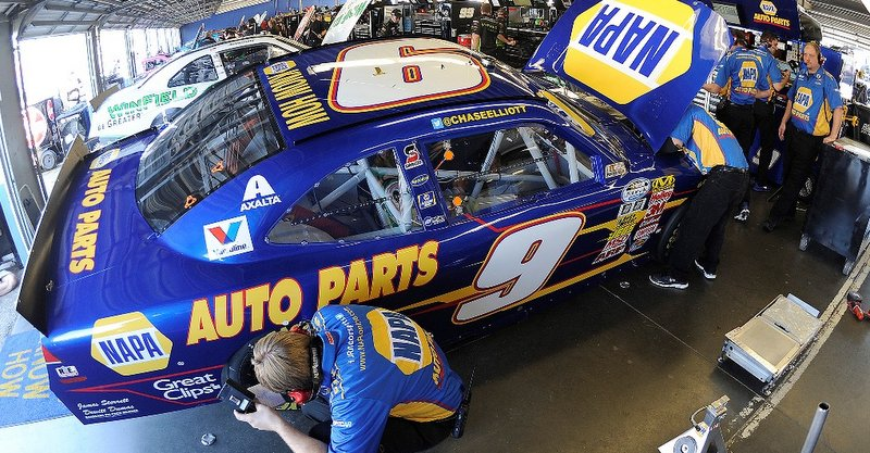 Chase Elliott, NAPA, Daytona, No. 9, Chevrolet, NASCAR, Nationwide Series, garage