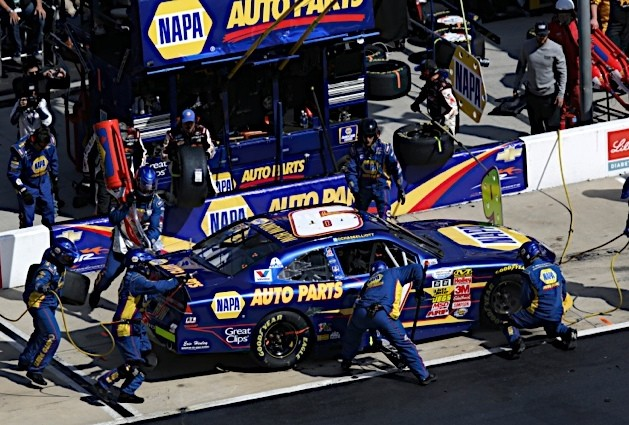 Nationwide Series rookie Chase Elliott at Bristol 2014 NAPA Auto Parts_pitstop