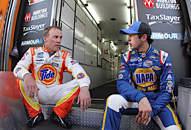 NNS Driver Points Lead Chase Elliott NAPA AUTO PARTS Chevrolet Richmond with Harvick