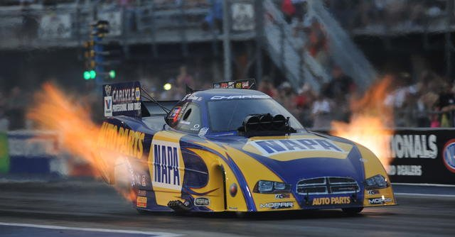 Ron Capps NAPA Dodge at Bristol