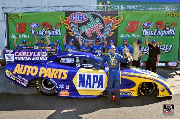 Ron Capps NAPA AUTO PARTS Dodge Funny Car Epping 2014 WINNER crew