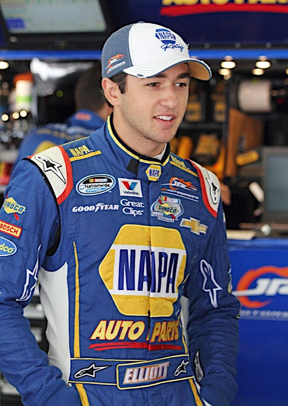 Chase Elliott NAPA AUTO PARTS Loudon NASCAR Nationwide garage