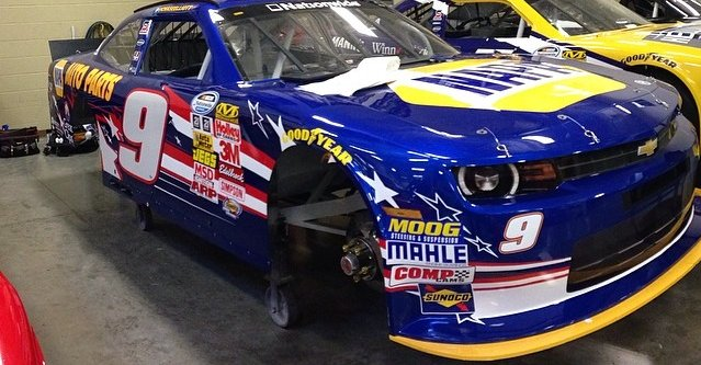 NAPA AUTO PARTS No 9 Chevrolet Chase Elliott Intrepid Fallen Heroes Fund paint scheme