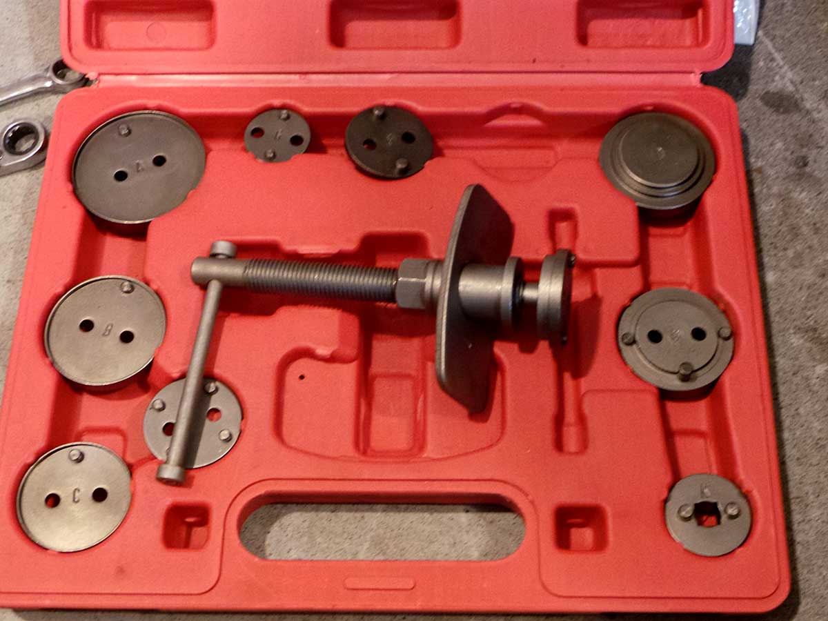 This is my caliper tool. There are many like it, but this one is mine...