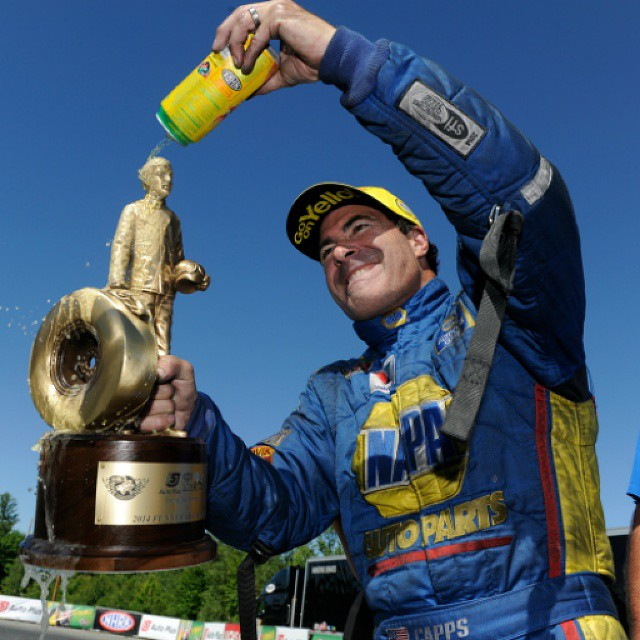 Adventures of Wally, 3 second runs and 2 wins —a few of@NAPARonCapps highlights from 2014. Way to#ConquerTheJob