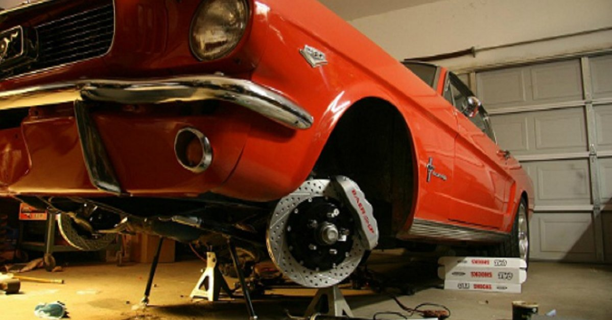 brakes replacement Mustang