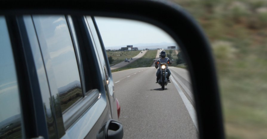 Motorcycle Safety Tips - For Both Riders AND Drivers