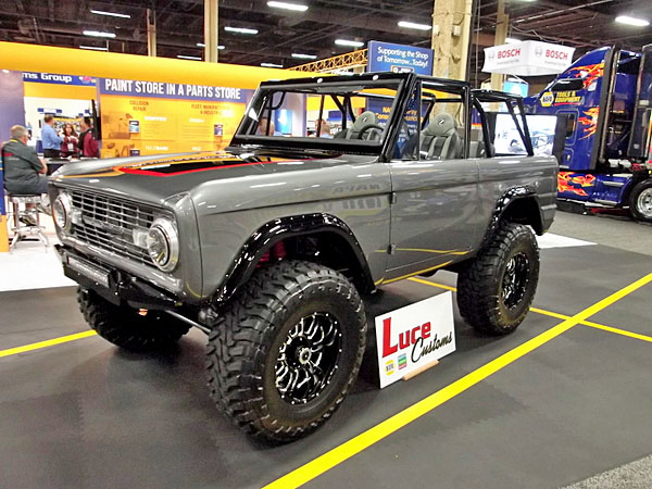 NAPA EXPO cars Luce Customs restomod Bronco