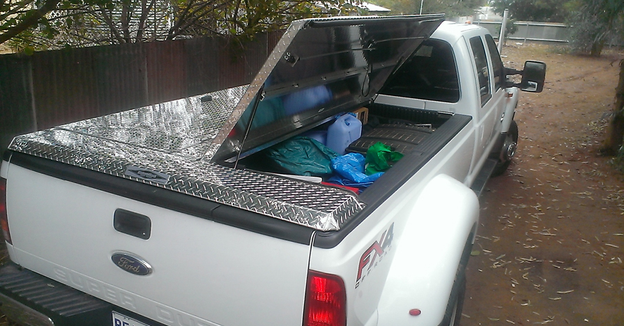 PIckup truck bed storage system