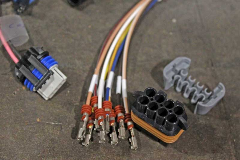 This is a Metri Pack set with insulators. Some electronics require assembly, like this one.