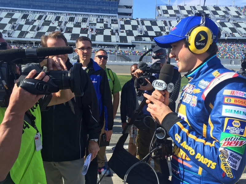 Chase Elliott NAPA AUTO PARTS 2016 Daytona 500 Pole Winner press