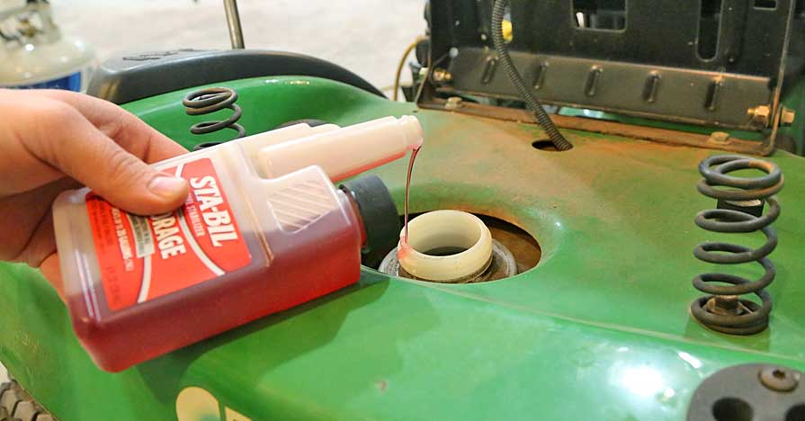 Know-How Notes: How To Use Fuel Stabilizer - NAPA Know How