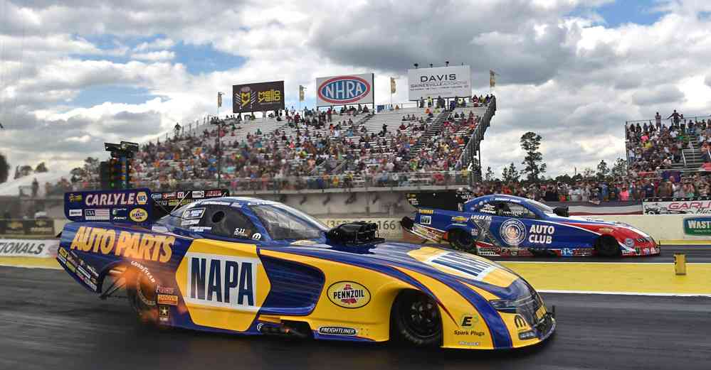 Ron-Capps-NAPA-AUTO-PARTS-Funny-Car-NHRA-Gatornationals-Final-Round