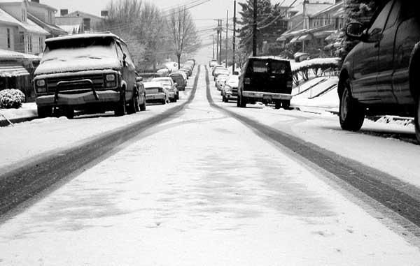 Winter street, but do i need to warm up my car?