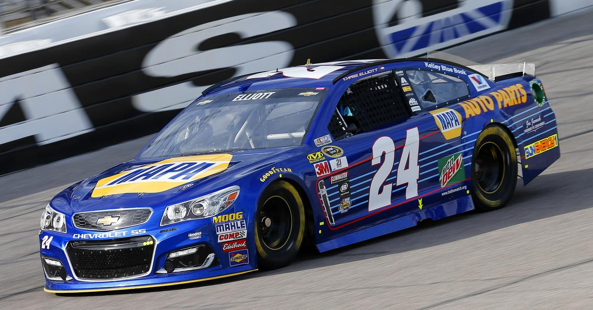 Chase-Elliott-Texas-Motor-Speedway-2016-Top5-NAPA-AUTO-PARTS-24