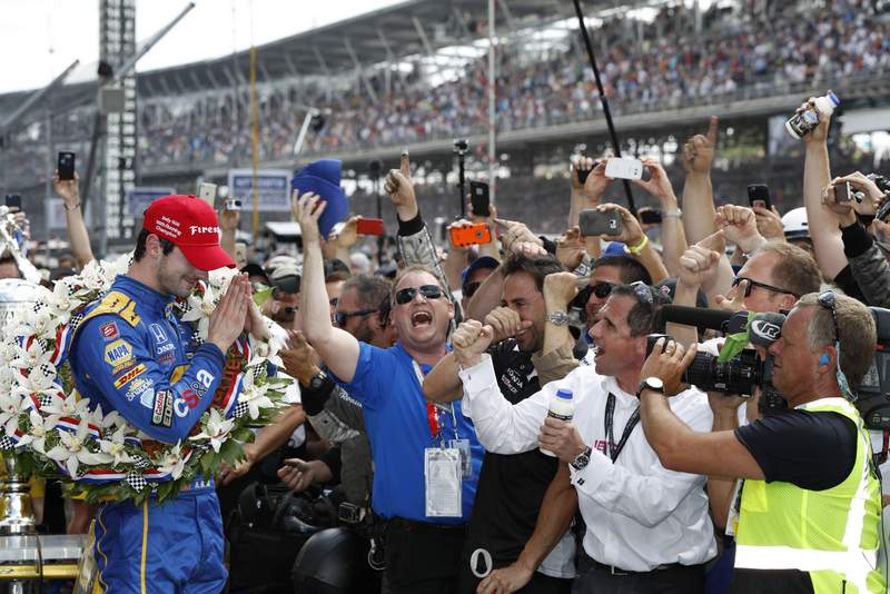 29 May, 2016, Indianapolis, Indiana Winner Alexander Rossi in victory lane ©2016, Michael L. Levitt LAT Photo USA