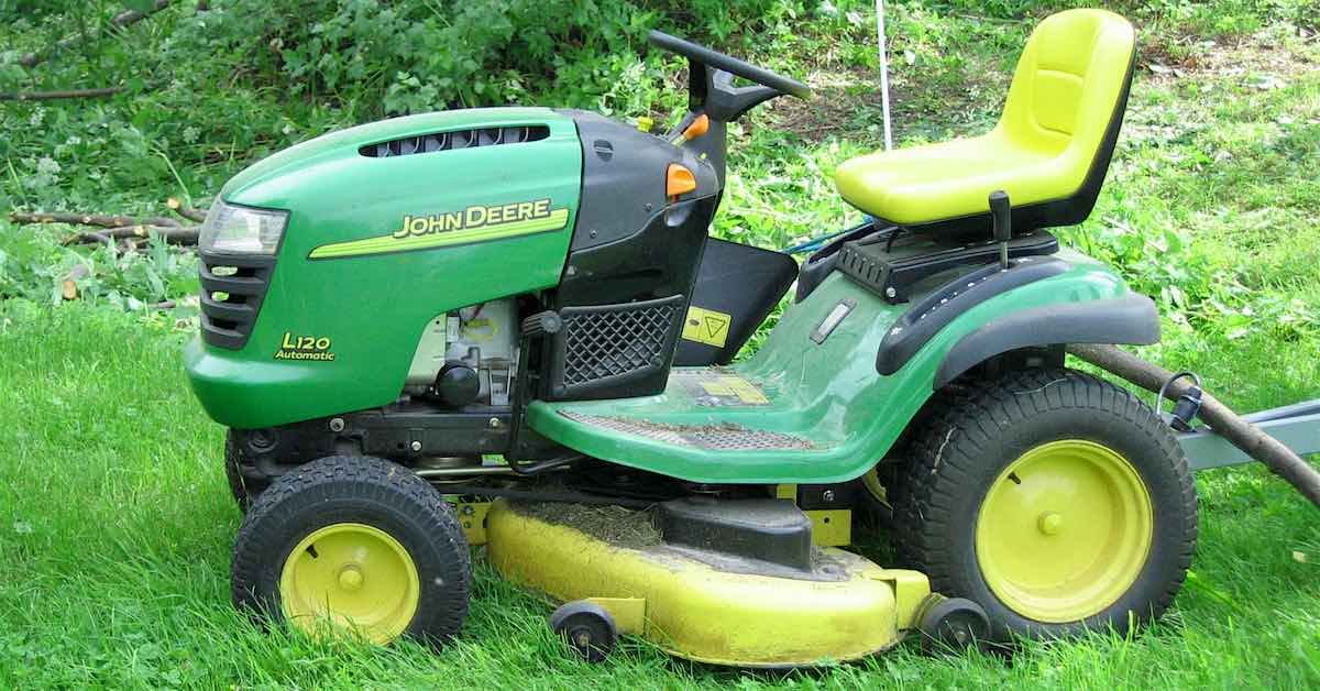 Tips for your lawn mower maintenance checklist
