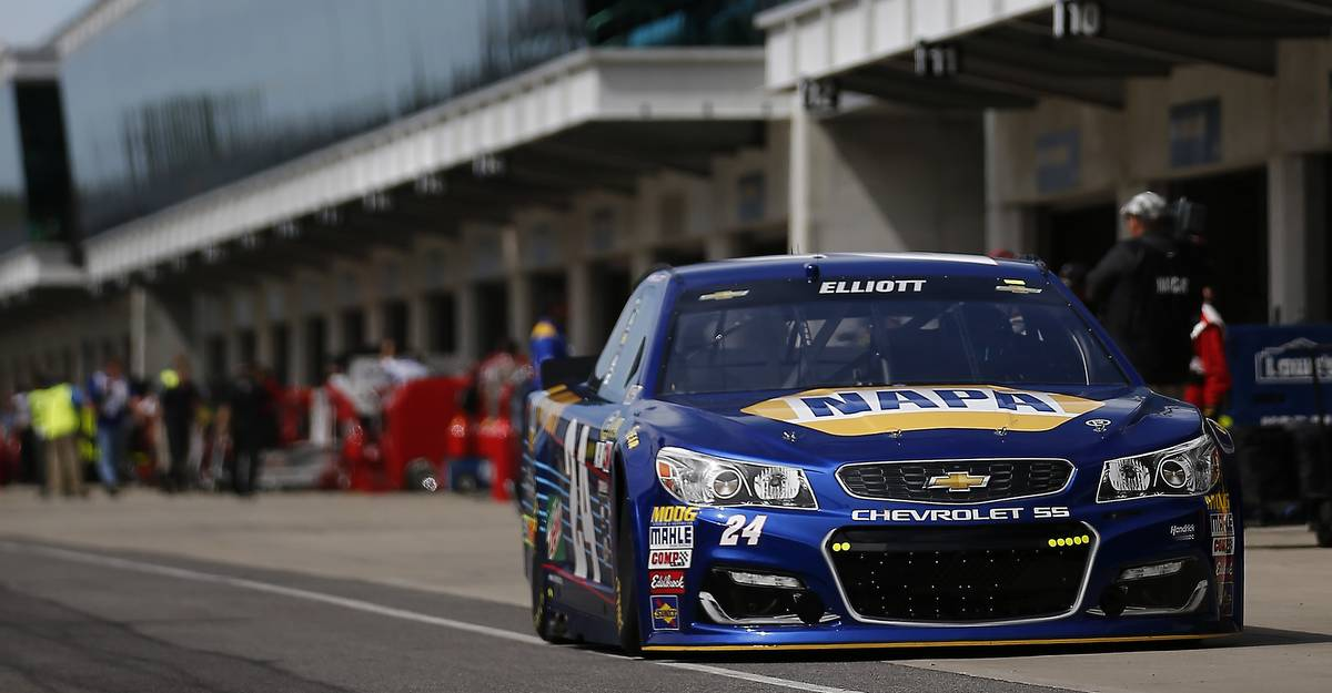 Chase-Elliott-Brickyard-2016-NAPA-AUTO-PARTS