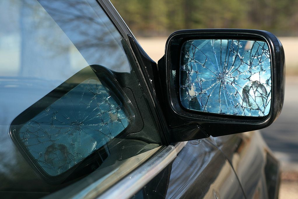 Broken side view mirror