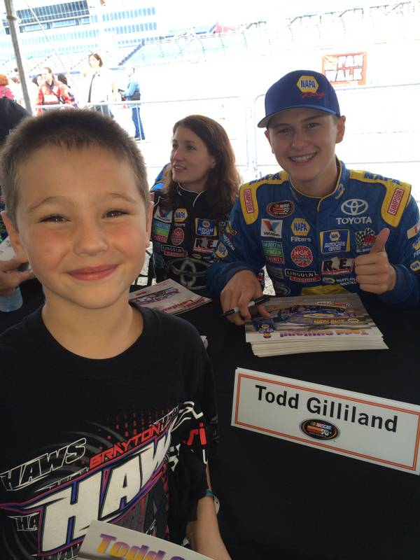 NASCAR K&N Pro Series East-West Combo Race Iowa Speedway 2016 Todd Gilliland NAPA AUTO PARTS Julia Landauer young fan