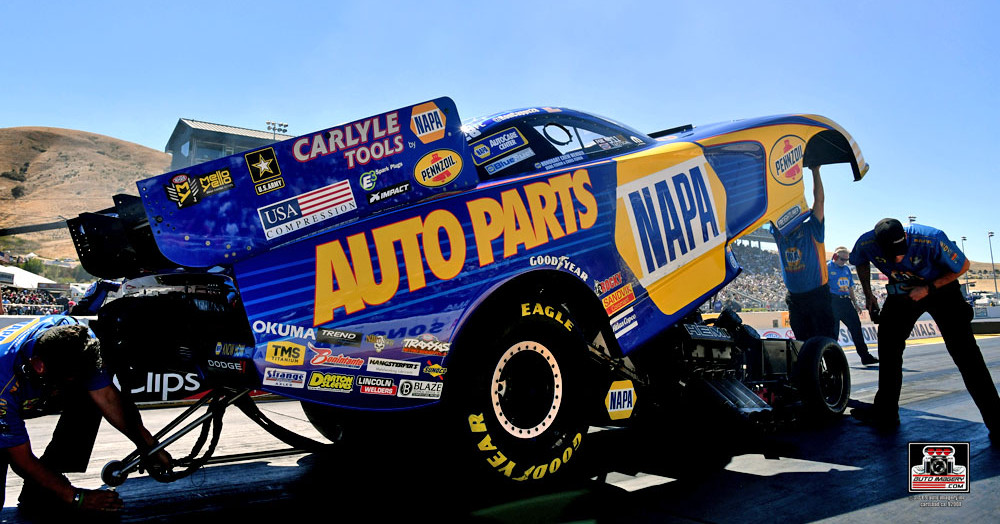 Ron-Capps-NAPA-AUTO-PARTS-Sonoma-Nationals-2016-NHRA-Funny-Car-points-leader-Last-Check