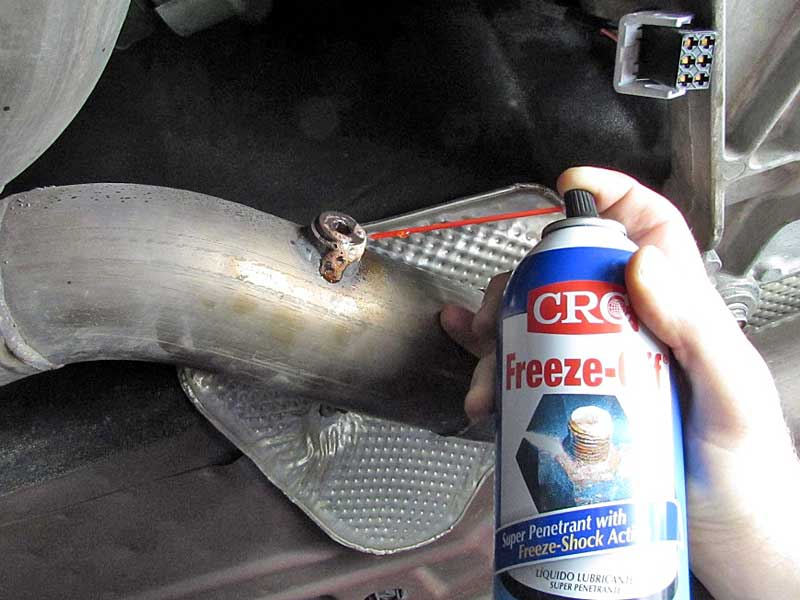 """Then use <a href=""""https://www.napaonline.com/napa/en/p/CRC05002/CRC05002"""" target=""""_blank"""">CRC Freeze-Off </a>to shock cool the bolt. Only spray the bolt, leaving the surrounding threads hot. Freeze-Off has a special propellant that freezes when it is sprayed. You can try ice also."""