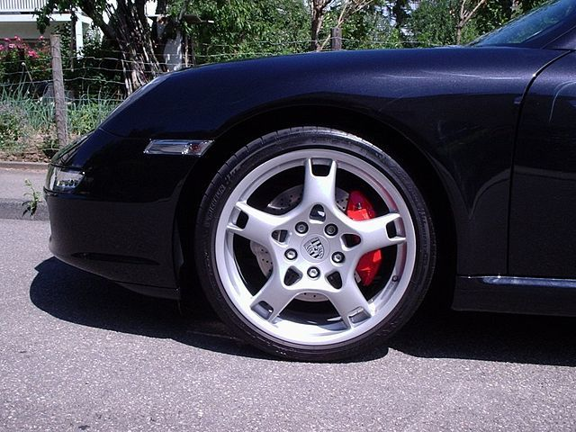 A Porsche outfitted with summer tires.
