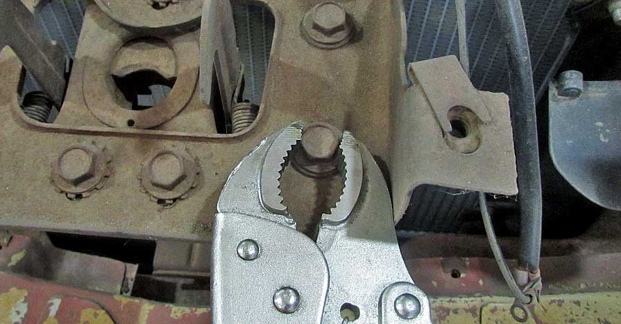 Removing Rounded-Off Bolts