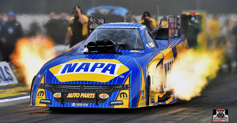 Reigning champ Capps, NAPA Dodge advance to semis in Winternationals