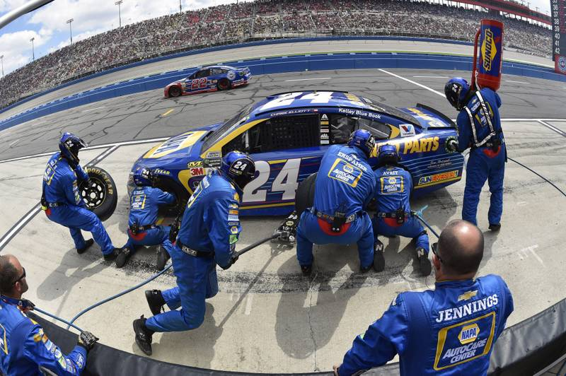 2017 Monster Energy NASCAR Cup Series Auto Club 400 Auto Club Speedway, Fontana, CA USA Sunday 26 March 2017 Chase Elliott pit stop World Copyright: Nigel Kinrade/NKP