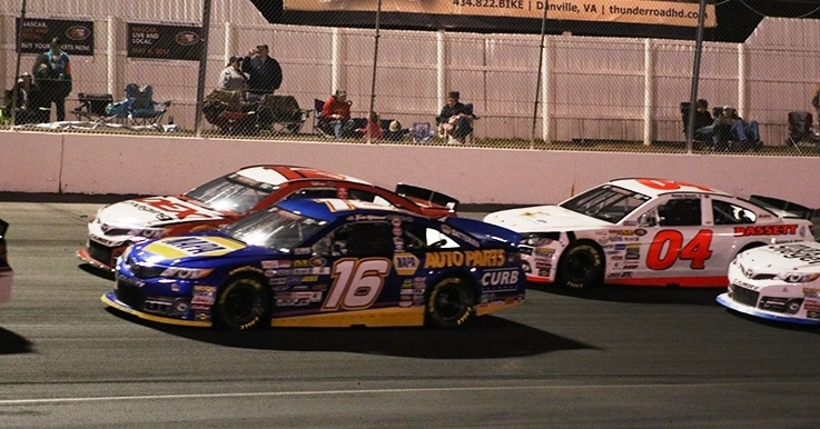 Gilliland-South-Boston-2017-NAPA-AUTO-PARTS-16-2nd-race.