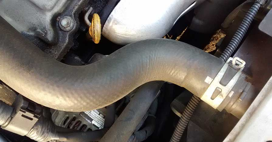 Upper Radiator Hose on Chrysler Sebring Thermostat Replacement