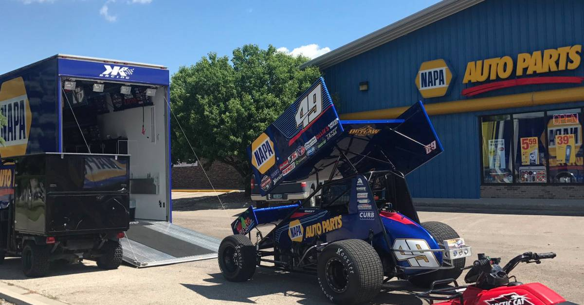 Brad-Sweet-Top-Fives-Eagle-Raceway-River-Cities-Speedway-49-NAPA-AUTO-PARTS-sprint-car-store-appearance.