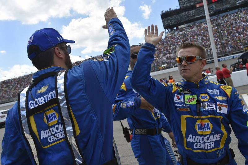 Monster Energy NASCAR Cup Series FireKeepers Casino 400 Michigan International Speedway, Brooklyn, MI USA Sunday 18 June 2017 Chase Elliott, Hendrick Motorsports, NAPA Chevrolet SS crew World Copyright: Nigel Kinrade NKP