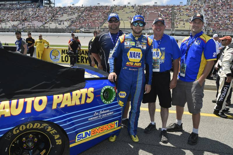 Monster Energy NASCAR Cup Series FireKeepers Casino 400 Michigan International Speedway, Brooklyn, MI USA Sunday 18 June 2017 Chase Elliott, Hendrick Motorsports, NAPA Chevrolet SS guests World Copyright: Nigel Kinrade NKP