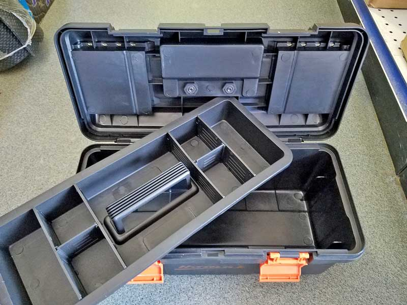 Inside the box, there is a partitioned tray that helps keep your smaller tools sequestered.