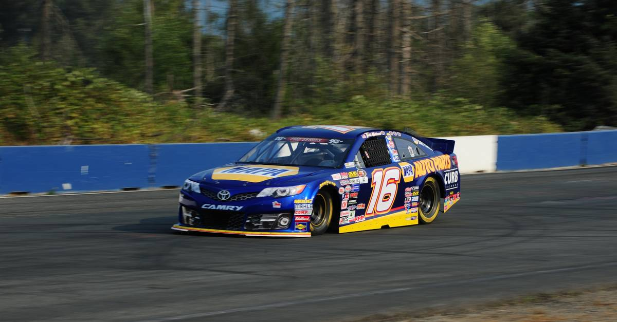 Gilliland Battles Back after Flat Tire at Evergreen Speedway