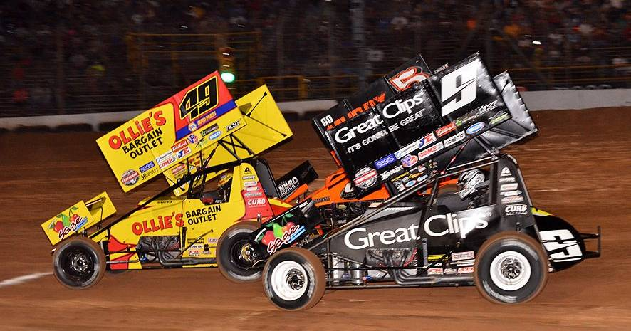 Brad-Sweet-Lernerville-Speedway-World-of-Outlaws-sprint-car-2017-KKR-teammates.