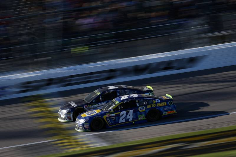 Monster Energy NASCAR Cup SeriesHollywood Casino 400Kansas Speedway, Kansas City, KS USASunday 22 October 2017Jamie McMurray, Chip Ganassi Racing, Cessna Chevrolet SS and Chase Elliott, Hendrick Motorsports, NAPA Chevrolet SSWorld Copyright: Barry CantrellNKP