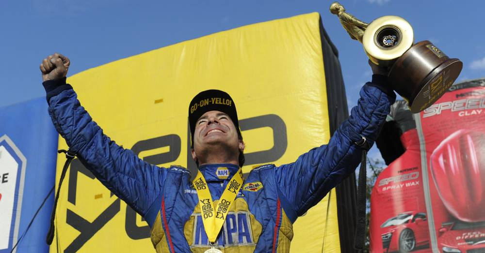 Ron-Capps-NAPA-Funny-Car-NHRA-2017-Gateway-winning-feeling
