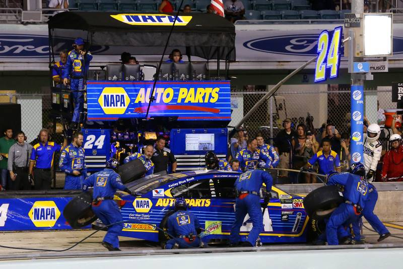Monster Energy NASCAR Cup Series Ford EcoBoost 400 Homestead-Miami Speedway, Homestead, FL USA Sunday 19 November 2017 Chase Elliott, Hendrick Motorsports, NAPA Chevrolet SS pit stop World Copyright: Russell LaBounty NKP