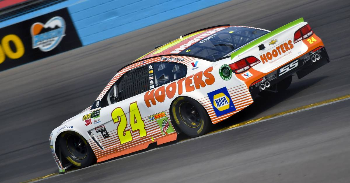 Elliott, No. 24 Team Put Up Valiant Effort In Runner-Up Finish at Phoenix