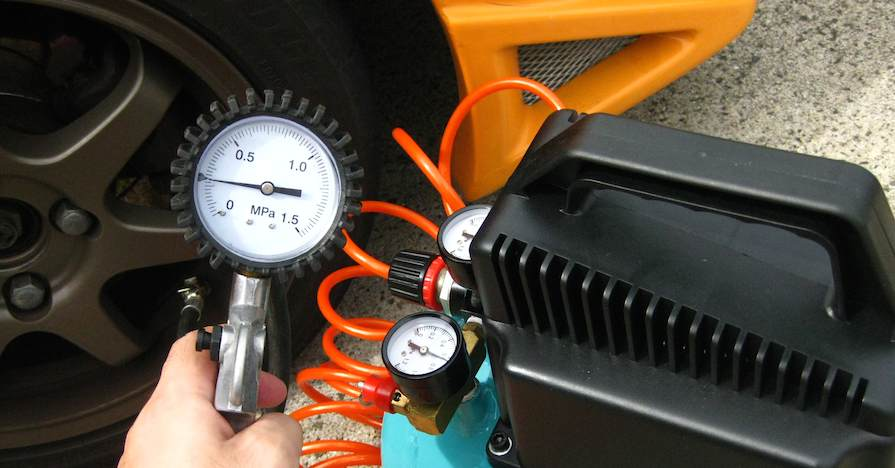 Using a tire gauge like this one regularly is one of the most important tips for young drivers.