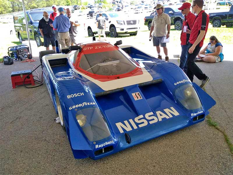 The GTP ZX-turbo still wore 80s era racing tires.