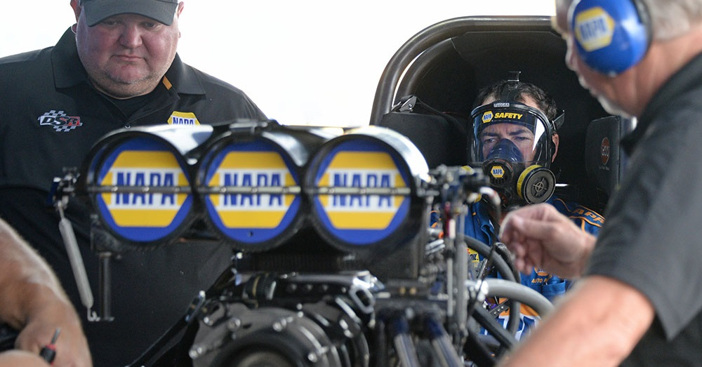 Ron-Capps-Virginia-NHRA-Nationals-2018-NAPA-AUTO-PARTS-fc-warm-up