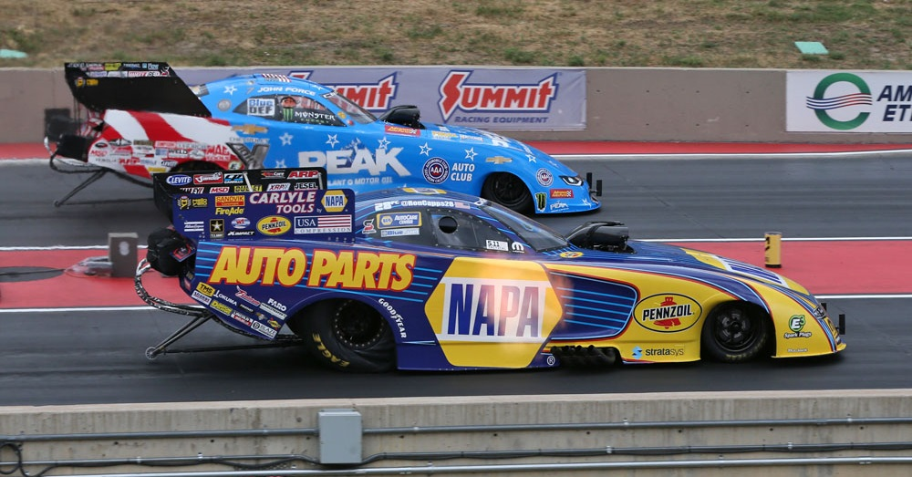 Ron-Capps-NAPA-AUTO-PARTS-NHRA-funny-car-Bandimere-2018-vs-Force