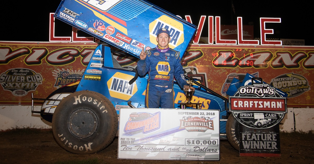 Brad Sweet NAPA AUTO PARTS 49 Outlaws sprint car Lernerville winner
