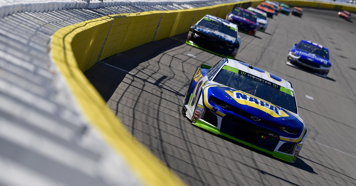 Elliott Finishes 36th after Being Collected in Late-Race Accident at Las Vegas
