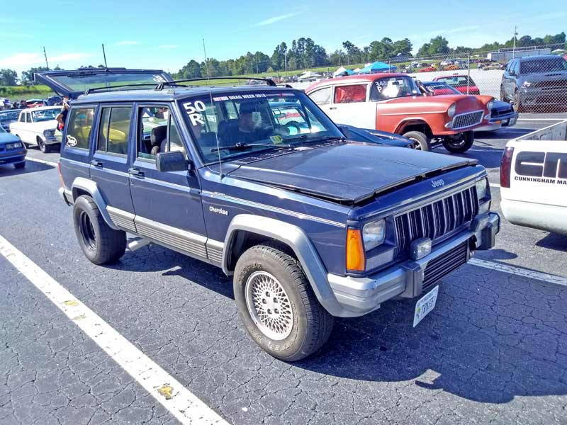 This XJ Cherokee was packing turbo 4.0L inline six power.